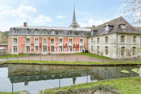 Immobile di lusso in vendita PONT L'EVEQUE, 2320 m², 25 Camere, 850000€