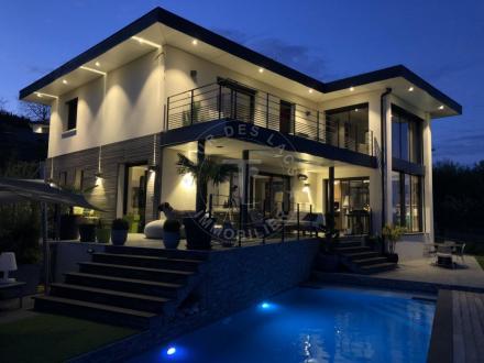 Luxus-Haus zu verkaufen CUVAT, 230 m², 5 Schlafzimmer, 1550000€