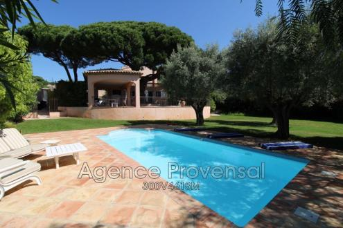 Villa de luxe à vendre SAINTE MAXIME, 170 m², 5 Chambres, 985000€