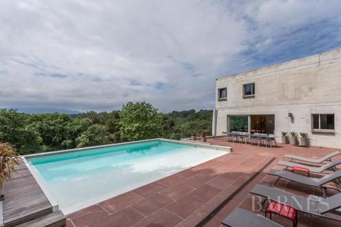 Maison de luxe à louer SAINT JEAN DE LUZ, 230 m², 6 Chambres,
