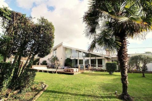 Luxury House for sale PESSAC, 275 m², 4 Bedrooms, €1260000
