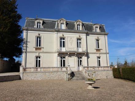 Château / Manoir de luxe à vendre LUXE, 270 m², 7 Chambres, 763200€