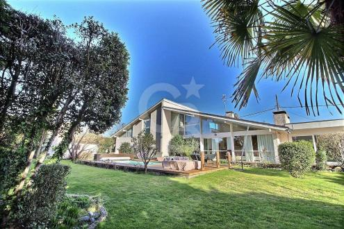 Luxus-Haus zu verkaufen PESSAC, 275 m², 4 Schlafzimmer, 1260000€