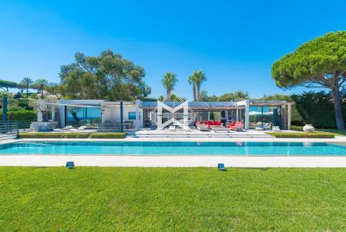 Maison de luxe à louer RAMATUELLE, 350 m², 6 Chambres,