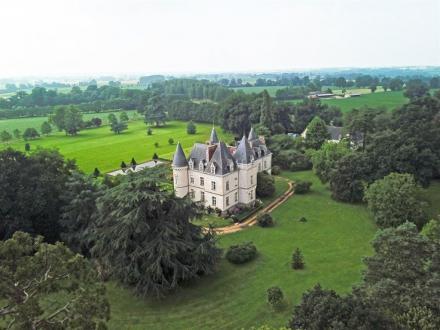 Château / Manoir de luxe à vendre RENNES, 800 m², 8 Chambres, 1590000€