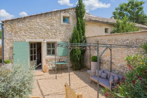 Luxe Huis te koop UZES, 300 m², 8 Slaapkamers, 1219000€