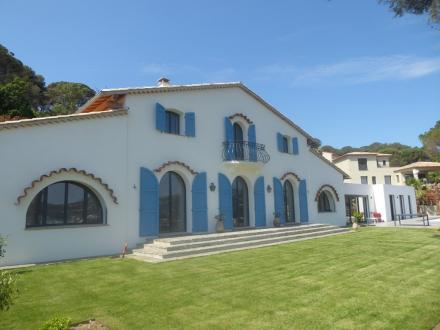 Luxury House for rent SAINTE MAXIME, 300 m², 6 Bedrooms,