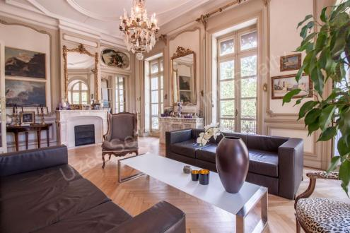 Luxury Apartment for sale NIMES, 307 m², 4 Bedrooms, € 1 040 000