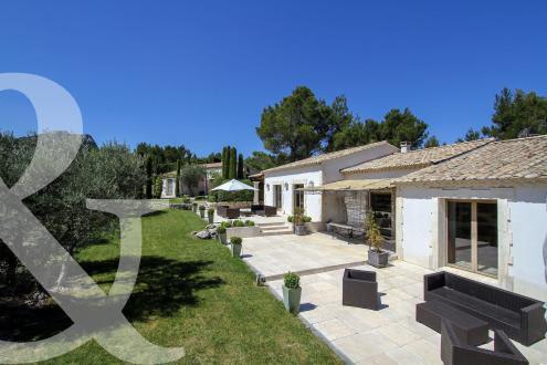 Maison de luxe à vendre EYGALIERES, 279 m², 5 Chambres, 3450000€