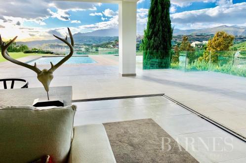 Вилла класса люкс на продажу  Испания, 449 м², 5 Спальни, 1695000€
