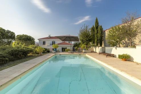 Casa di lusso in vendita Lione, 210 m², 4 Camere, 760000€
