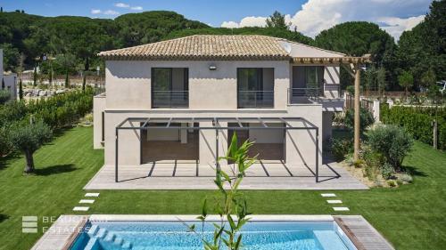 Luxe Villa te koop SAINT TROPEZ, 231 m², 5 Slaapkamers, 3800000€