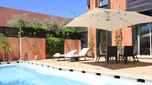 Maison de luxe à vendre MARRAKECH, 240 m², 3 Chambres, 750000€