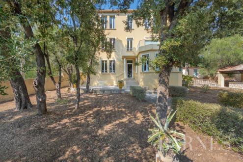Luxus-Haus zu verkaufen TOULON, 300 m², 6 Schlafzimmer, 1155000€