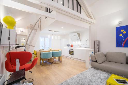 Дом класса люкс на продажу  Люксембург, 2 Спальни, 1090000€