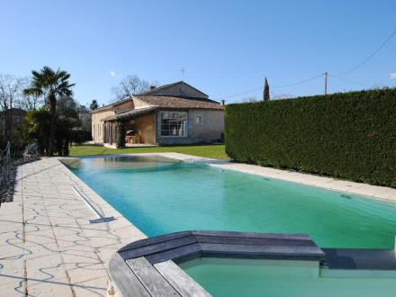 Luxury House for sale SAINT EMILION, 205 m², 3 Bedrooms, € 689 000
