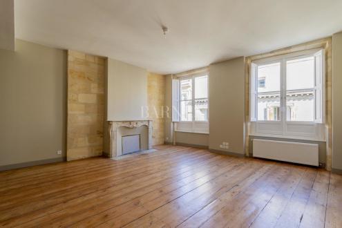 Luxe Appartement te huur BORDEAUX, 96 m², 3 Slaapkamers, 1850€/maand