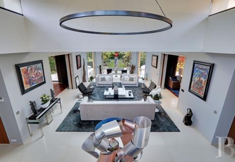Hôtel particulier de luxe à vendre PARIS 16E, 410 m², 3 Chambres, 10500000€
