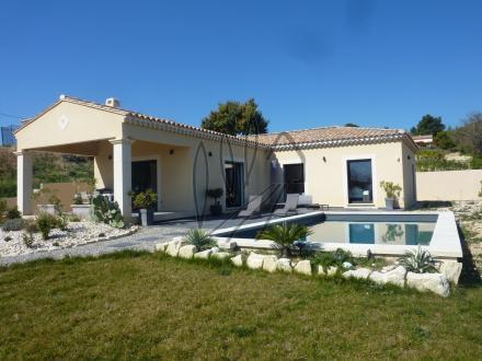 Дом класса люкс на продажу  Бедуан, 120 м², 3 Спальни, 630000€