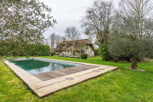 Дом класса люкс на продажу  Довиль, 160 м², 4 Спальни, 820000€