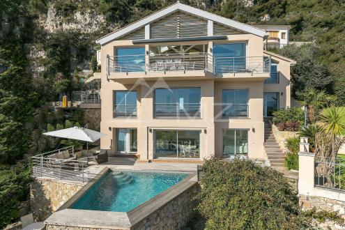 Luxury House for rent VILLEFRANCHE SUR MER, 260 m², 4 Bedrooms,