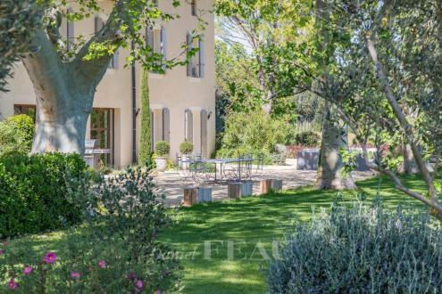 Luxus-Haus zu verkaufen EYGALIERES, 680 m², 6 Schlafzimmer, 2890000€