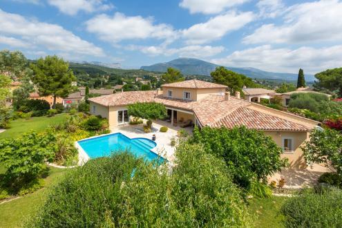 Propriété de luxe à vendre LE ROURET, 304 m², 5 Chambres, 1500000€