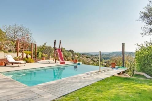 Maison de luxe à vendre VENCE, 200 m², 6 Chambres, 1490000€