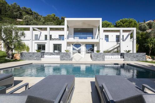 Casa di lusso in affito VILLEFRANCHE SUR MER, 400 m², 6 Camere,