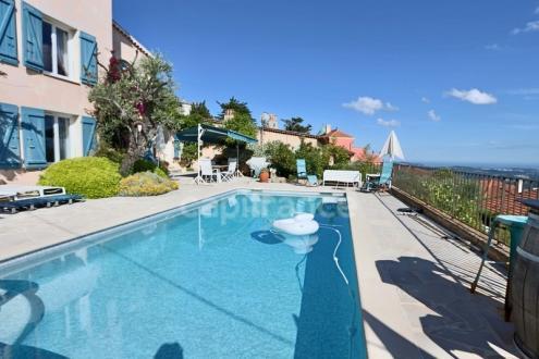 Luxus-Haus zu verkaufen GRASSE, 250 m², 6 Schlafzimmer, 849000€