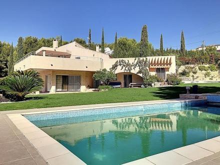 Villa de luxe à vendre BANDOL, 190 m², 4 Chambres, 1450000€