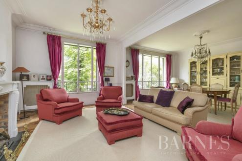 Luxury Apartment for sale NEUILLY SUR SEINE, 169 m², 4 Bedrooms, € 1 757 000