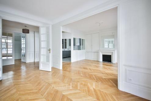 Luxury Apartment for rent PARIS 16E, 117 m², 3 Bedrooms, €3600/month