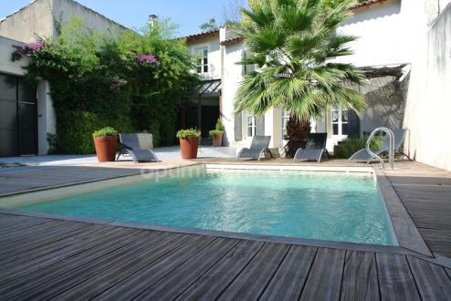 Maison de luxe à vendre EYRAGUES, 230 m², 4 Chambres, 1290000€