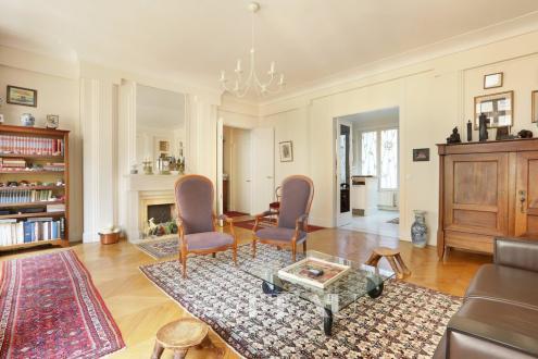 Appartement de luxe à vendre PARIS 7E, 144 m², 3 Chambres, 2190000€