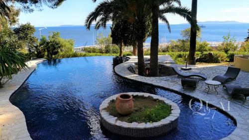 Propriété de luxe à vendre LE LAVANDOU, 612 m², 8 Chambres, 3950000€