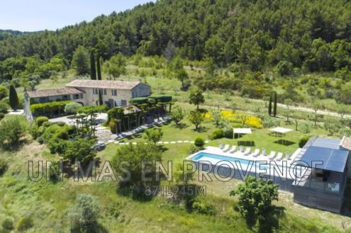Luxury House for rent PERNES LES FONTAINES, 300 m², 6 Bedrooms,