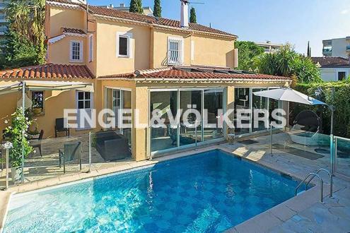 Luxus-Villa zu verkaufen CANNES, 260 m², 4 Schlafzimmer, 1359000€