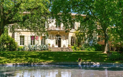 Luxus-Weingut / Reiterhof zu verkaufen AVIGNON, 430 m², 7420000€