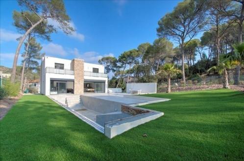 Casa di lusso in vendita SAINT RAPHAEL, 330 m², 5 Camere, 1354000€