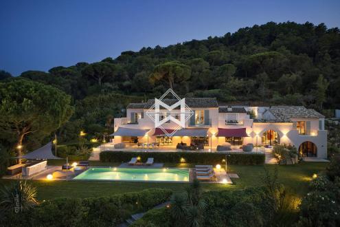 Вилла класса люкс на продажу  Раматуель, 500 м², 7 Спальни, 23000000€