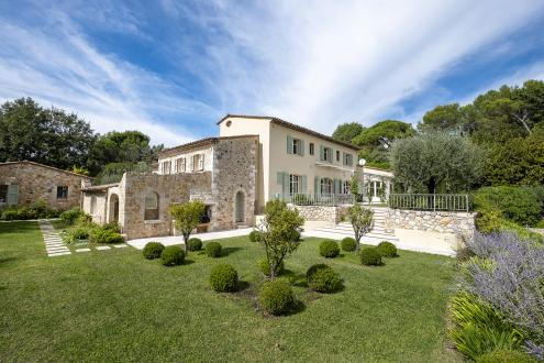 Luxury Villa for sale VALBONNE, 354 m², 6 Bedrooms, € 2 900 000