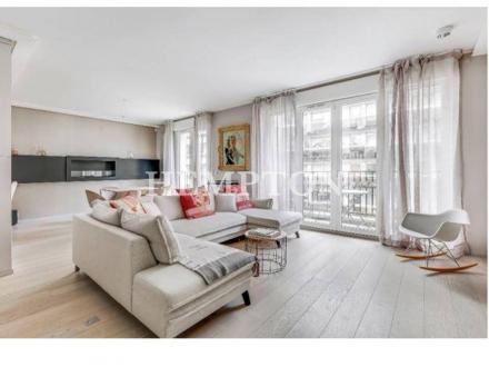 Квартира класса люкс на продажу  Париж 16ый, 132 м², 3 Спальни, 1890000€