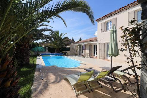 Maison de luxe à vendre SAINT CYR SUR MER, 131 m², 5 Chambres, 668000€