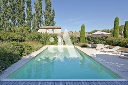 Maison de luxe à vendre EYGALIERES, 450 m², 7 Chambres, 2300000€