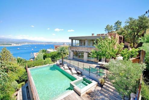 Maison de luxe à louer THEOULE SUR MER, 230 m², 5 Chambres,