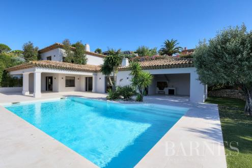 Villa de luxe à vendre SAINTE MAXIME, 320 m², 4 Chambres, 3800000€