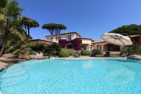 Casa di lusso in affito SAINTE MAXIME, 220 m², 5 Camere,