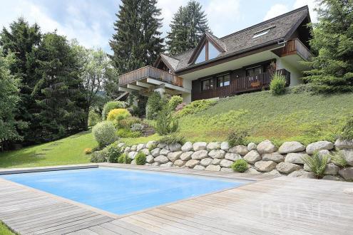 Chalet de luxe à vendre COMBLOUX, 220 m², 6 Chambres, 1650000€