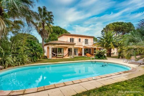 Villa de luxe à vendre GRIMAUD, 200 m², 4 Chambres, 1890000€